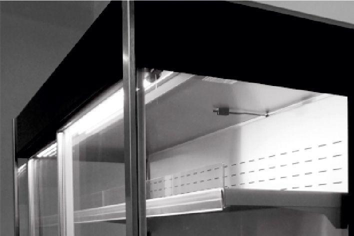 oświetlenie LED w regale chłodniczym